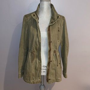 Woman's Per Se Green Utility Jacket Medium